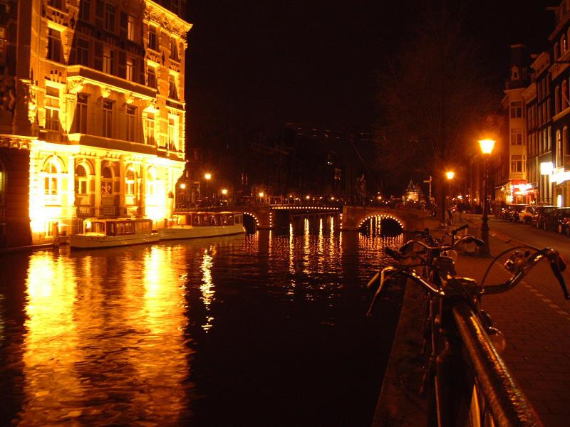 Amsterdam Sur Eau(물 위의 암스테르담)/Claude Ciari